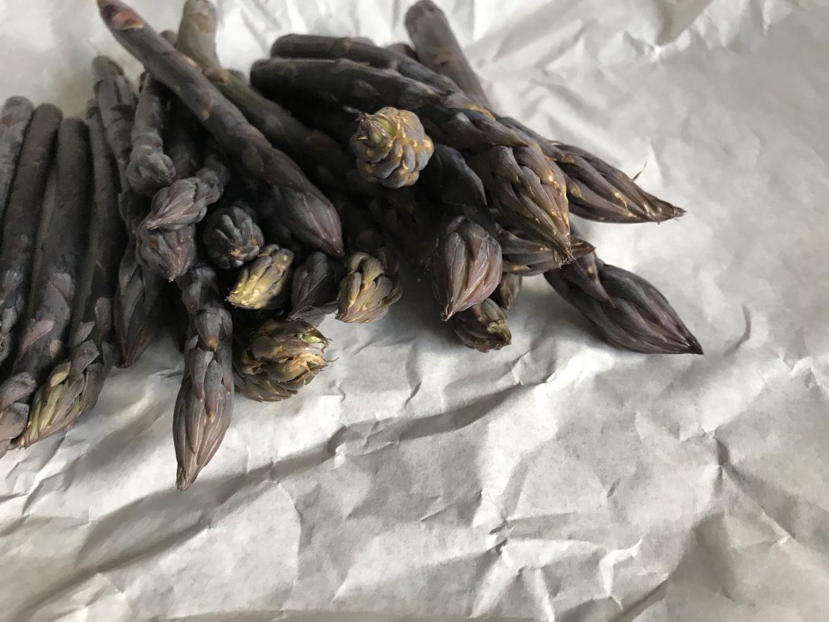 paarse asperges
