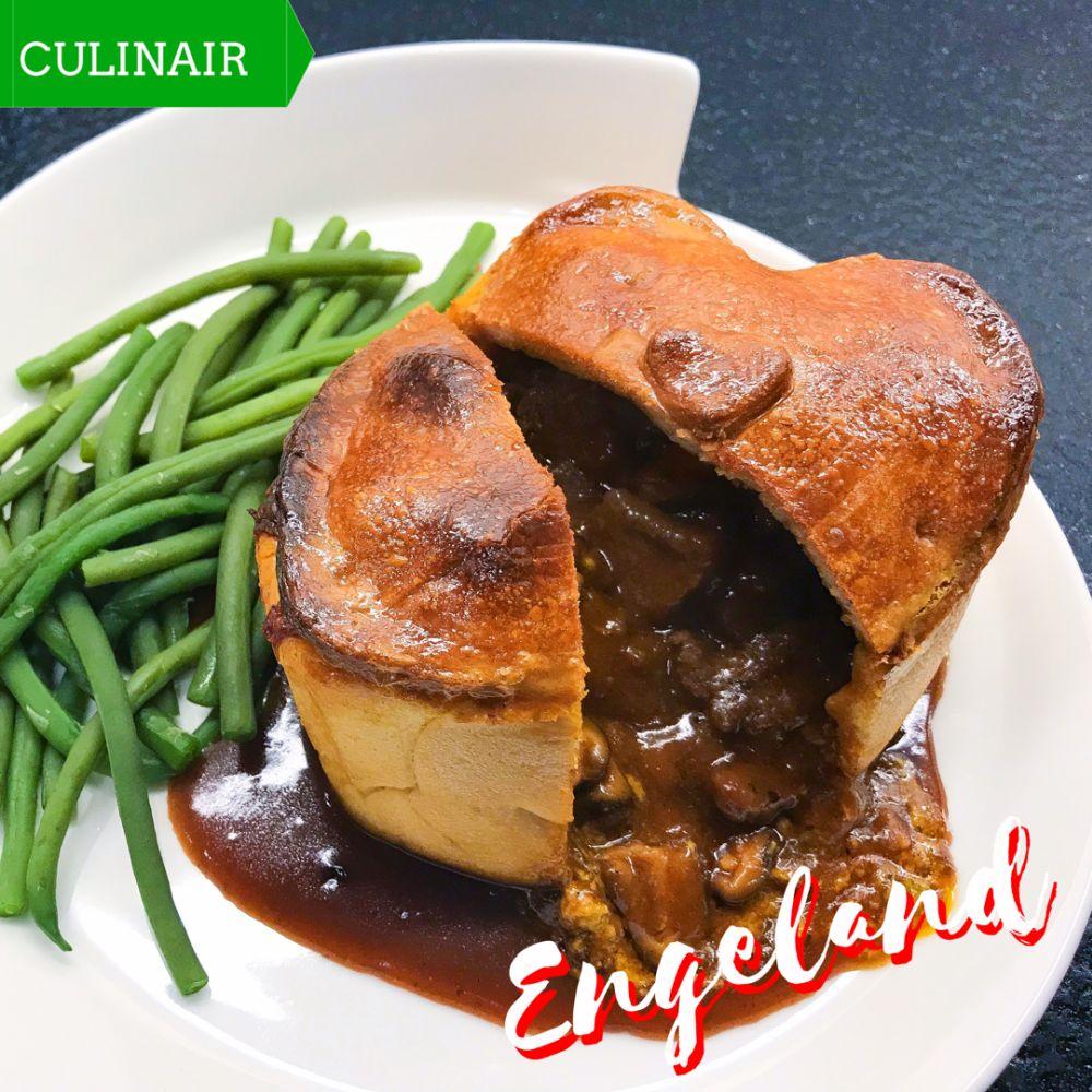 Engelse pie met bavette paddenstoelen en Shropshire Blue