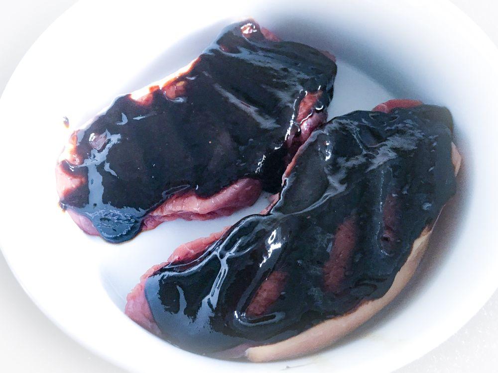 marinade Kahlua zwarte knoflook en chipotle