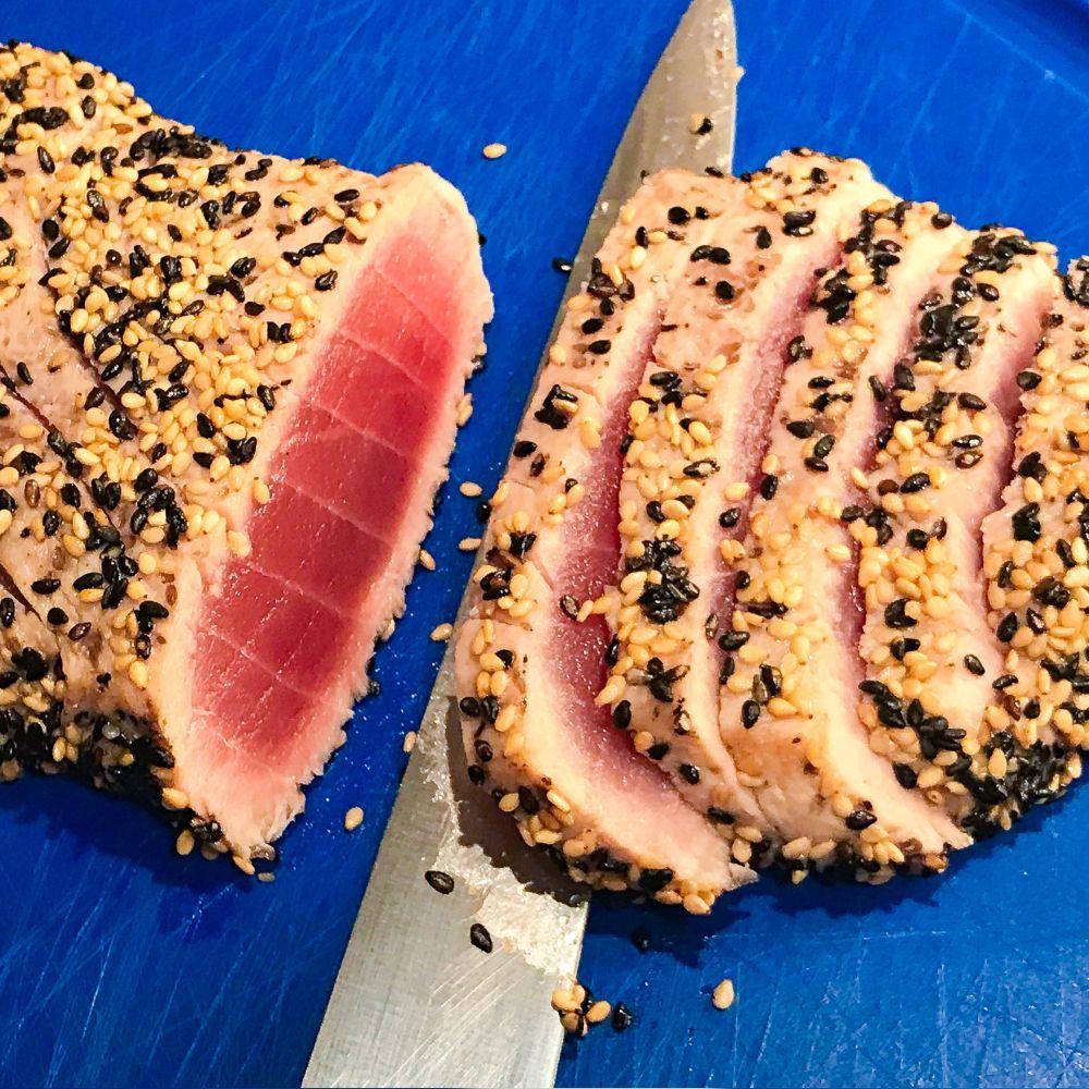 tonijntataki in sesamzaadjes