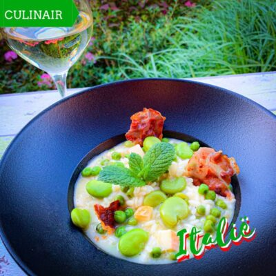 Lenterisotto - risotto met doperwten, tuinbonen, munt en Tiroler speck