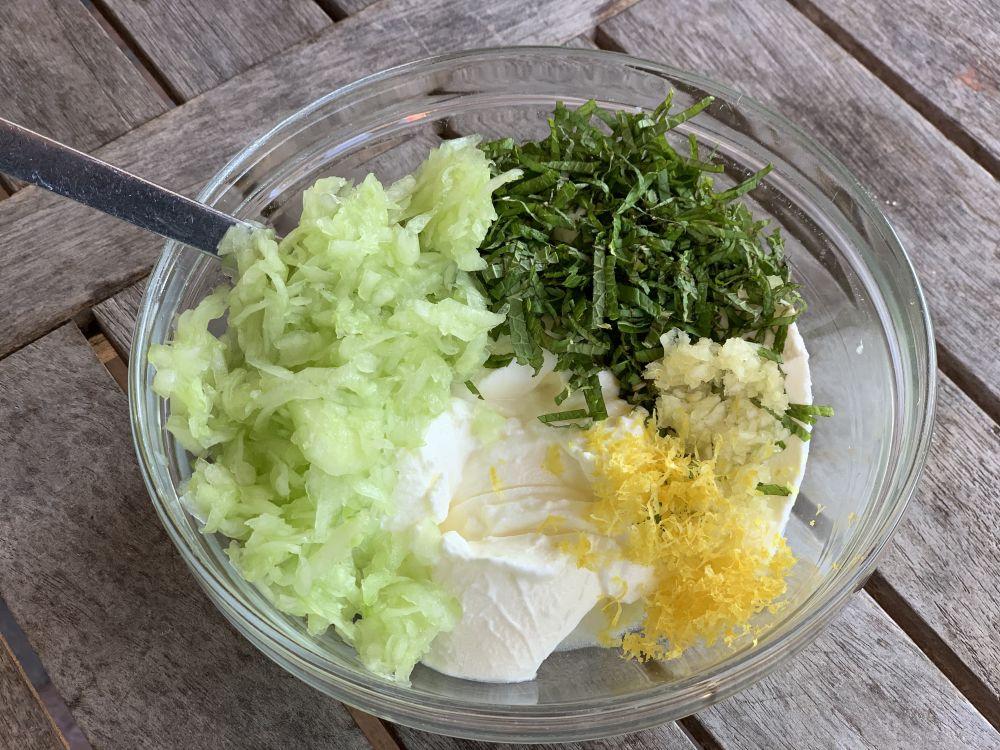 ingrediënten komkommer-munt raita