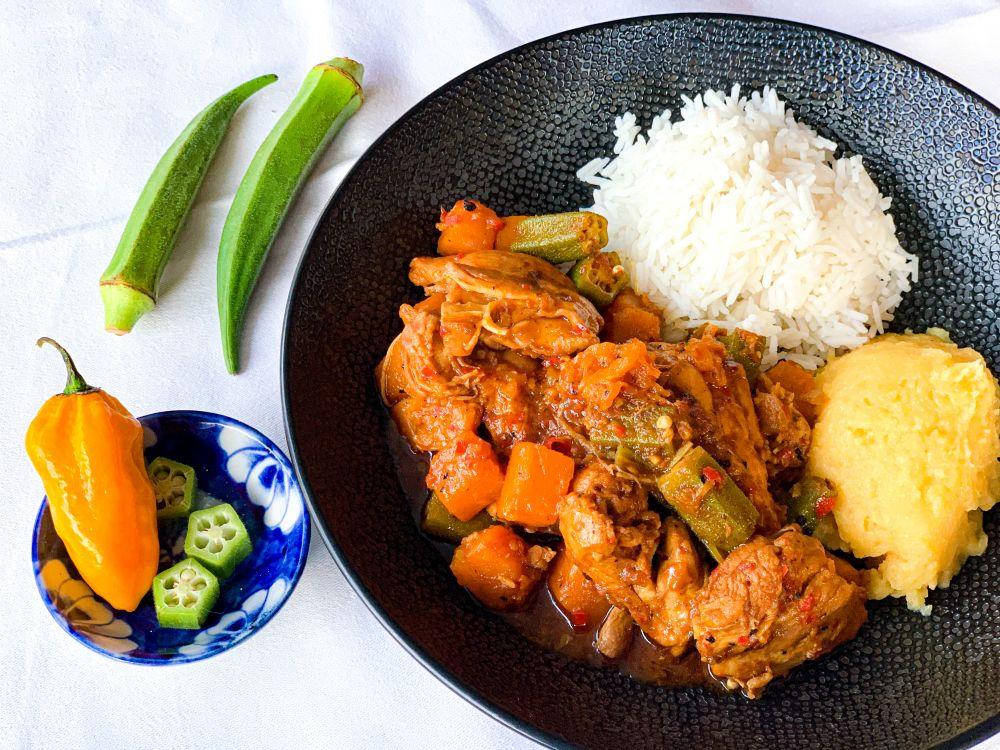 muamba de galinha met pirão