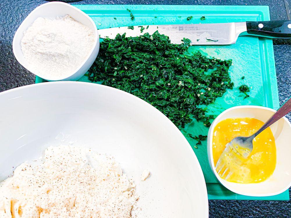 Ingrediënten Toscaanse gnudi met ricotta en spinazie