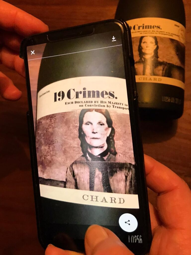Augmented Reality - Living Wine Label 19 Crimes chardonnay