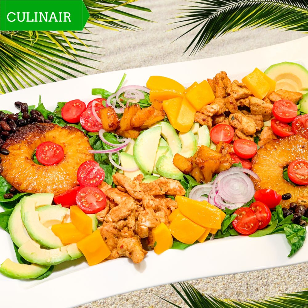 Caraïbische COBB-salade met kip en mangodressing